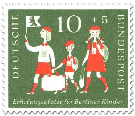 Stamp: Berliner Kinder mit Reisegepäck (zur Erholung)