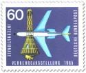 Stamp: Weltraumkapsel und Düsenflugzeug