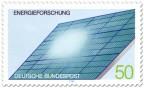 Stamp: Solarzellen auf einem Dach, Energieforschung