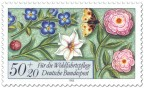 Stamp: Blumen und Schmetterling (Briefmarke)